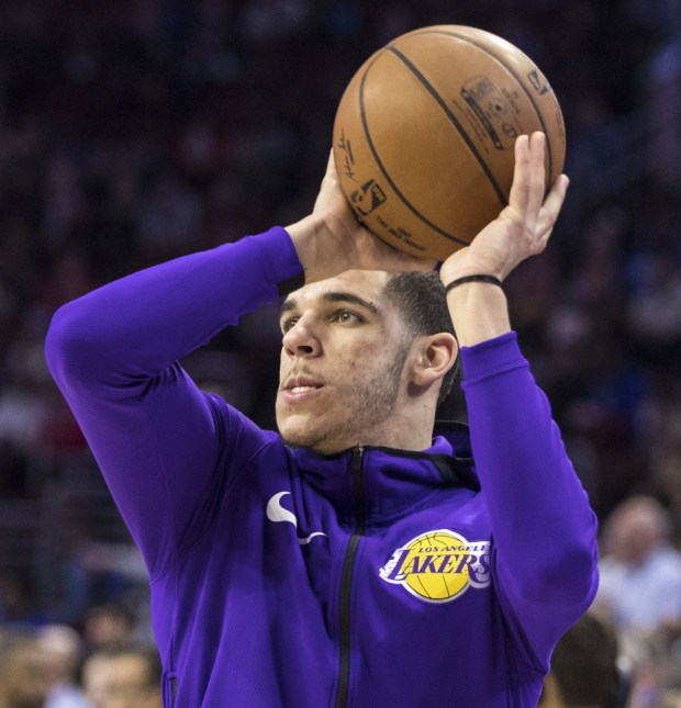 Lakers Lonzo Ball in action prior to the first half of an NBA basketball game against the Philadelphia 76ers, Thursday, Dec. 7, 2017, in Philadelphia. The Lakers won 107-104. (AP Photo/Chris Szagola)