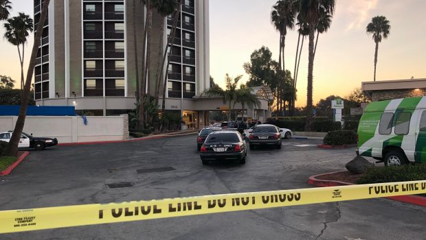 Long Beach police are continuing their investigation Friday, Jan. 5, 2018, after an armed man who was reportedly holding at least one hostage was shot and killed by officers at the Holiday Inn near the airport. (Photo by Jeremiah Dobruck/Long Beach Press-Telegram)