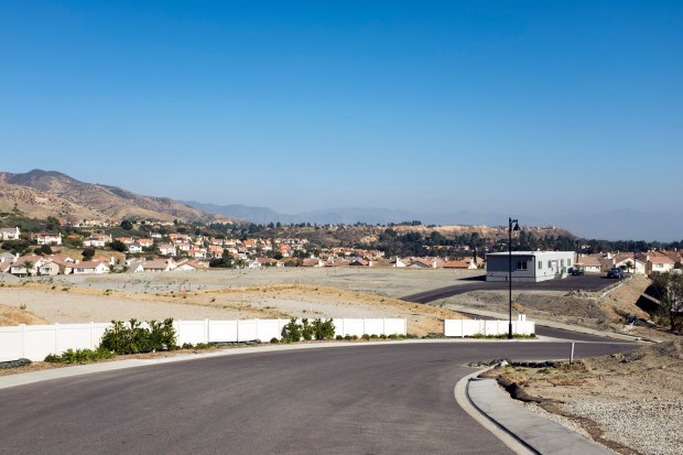 Toll Brothers homes construction in Porter Ranch. (Hans Gutknecht, Los Angeles Daily News/SCNG)