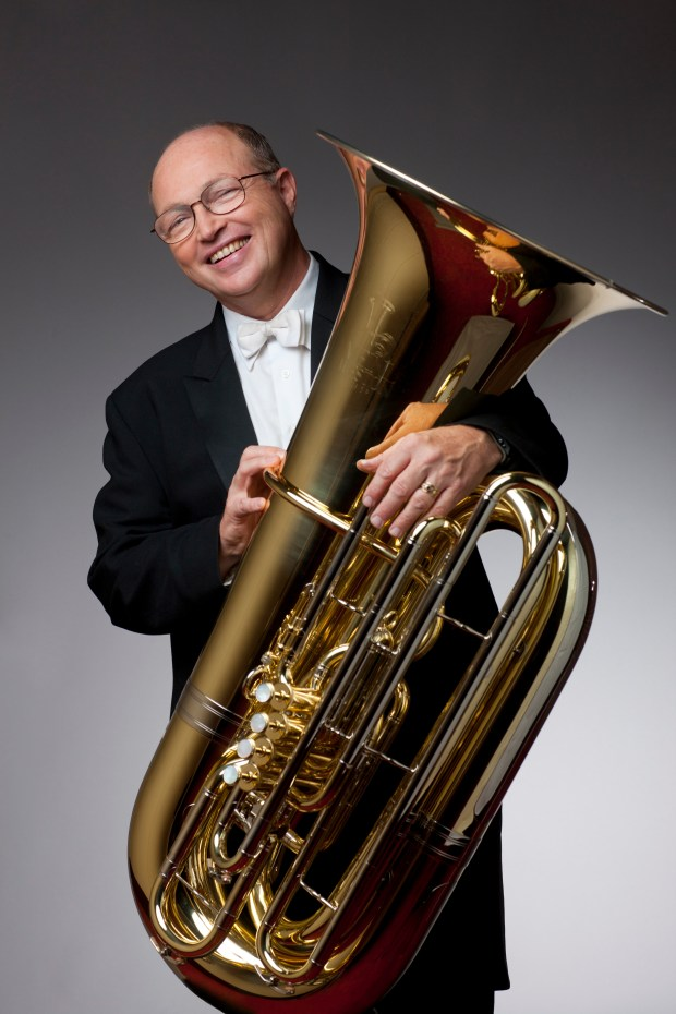 8/9/10 10:18:51 AM -- Chicago Symphony Orchestra Portrait Sessions: Principal Tuba Gene Pokorney © Todd Rosenberg Photography 2010