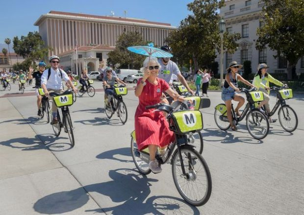 Officials from the LA County Metropolitan Transportation Authority (Metro), City of Pasadena and Bicycle Transit Systems, Inc. officially launched Metro's bike sharing system in Pasadena Friday, July 14, 2017. Up to 375 bicycles and approximately 30 bike share stations were provided throughout the Pasadena area. (Photo by Walt Mancini/Pasadena Star-News/SCNG)