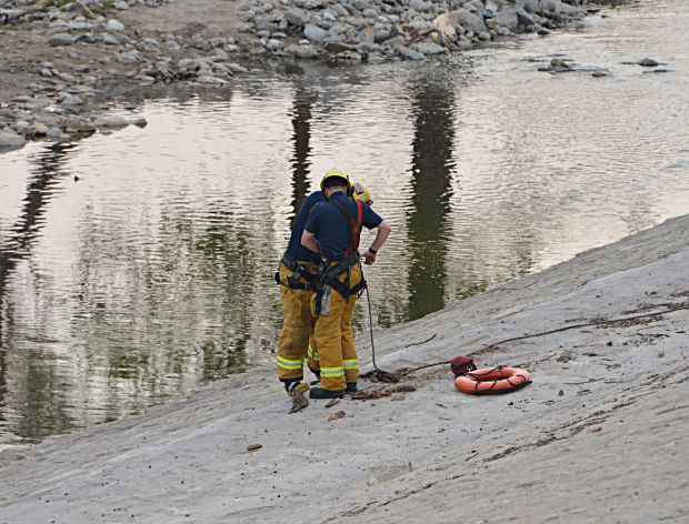 Los Angeles firefighters search for Jesse Hernandez, 13, who apparently fell down a drainage pipe in Griffith Park on Sunday, April 1, 2018. The boy was found alive, the LAFD reported on Monday. (Photo by Rick McClure/Special to the Los Angeles Daily News)
