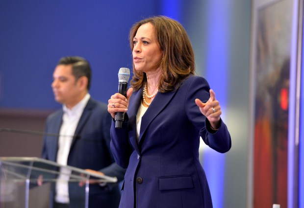 Senator Kamala Harris joined Long Beach Mayor Robert Garcia for a town hall on issues facing Californians at the Long Beach Convention Center.Long Beach April 6, 2018. Photo by Brittany Murray, Press Telegram/SCNG