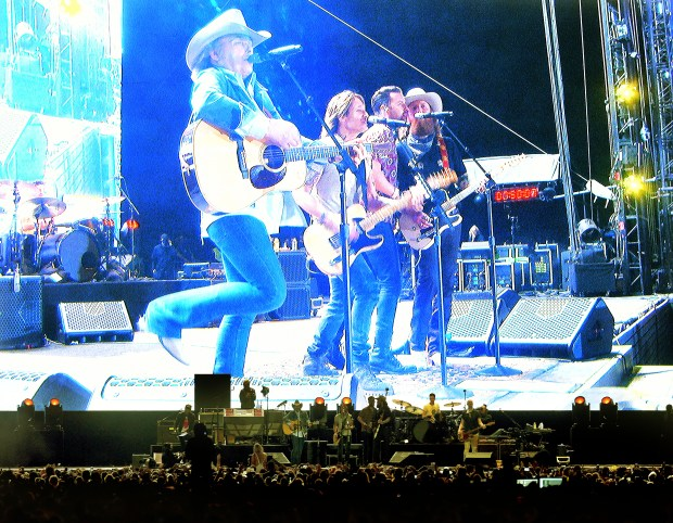 Keith Urban performs with Dwight Yoakam and the Brothers Osborne on the Mane Stage during the second day of the Stagecoach Country Music Festival Saturday April 28, 2018 in Indio, Calif. (Photo by Will Lester- The Press-Enterprise/SCNG)