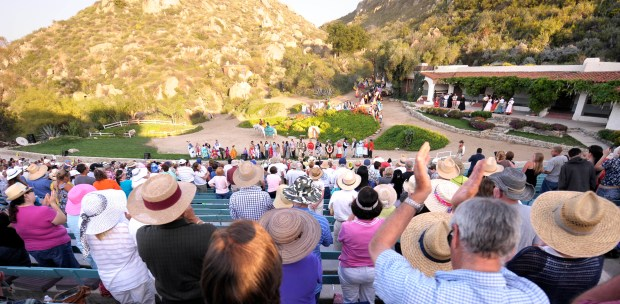 """Fans cheer at the conclusion of the opening of """"Ramona"""" in 2008. More than 6,000 people used to attend each performance at the Ramona Bowl in Hemet. (File photo by Rodrigo Pena, for The Press-Enterprise/SCNG)"""