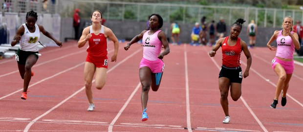 Calabasas' DeAnna Nowling, center, wins the division 2 100 meter dash during the CIF-SS Track and Field Divisional Finals at El Camino College in Torrance, Calif., on Saturday, May 19, 2018. (Photo by Keith Birmingham, Pasadena Star-News/SCNG)