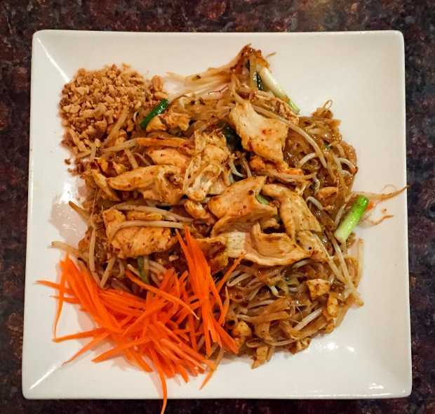 Chicken pad thai at Suthathip in Anaheim. (Photo by Brad A. Johnson, Orange County Register/SCNG)