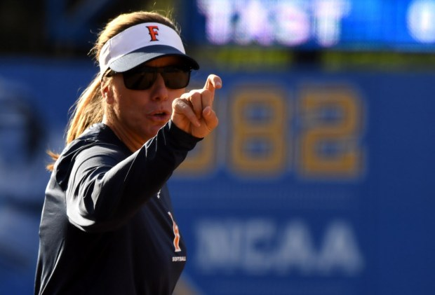 Cal State Fullerton head coach Kelly Ford reacts against Texas State in the fourth inning of the NCAA Division I softball regional championship at Easton Field on the campus of UCLA on Friday, May 18, 2018 in Los Angeles. CSU Fullerton won 2-1. (Photo by Keith Birmingham, Pasadena Star-News/SCNG)