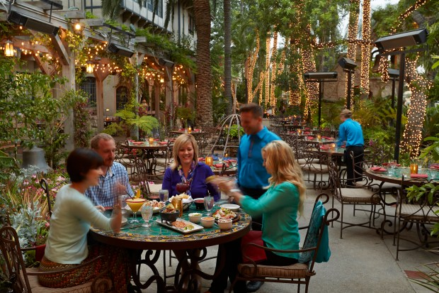 Las Campanas offers a casual alfresco dining experience at the Mission Inn Hotel & Spa. (Photo courtesy Mission Inn Hotel & Spa)