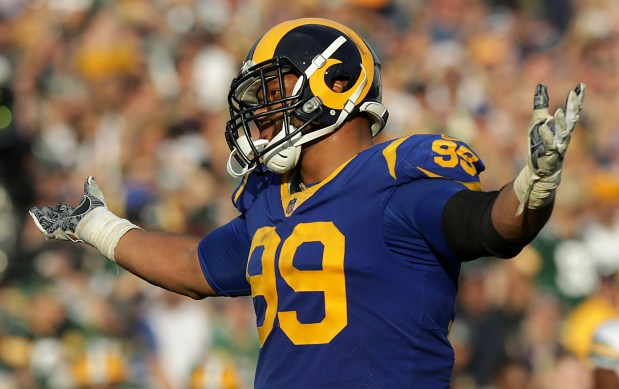 Whicker: It all started when Aaron Donald became agile and hostile in Mobile
