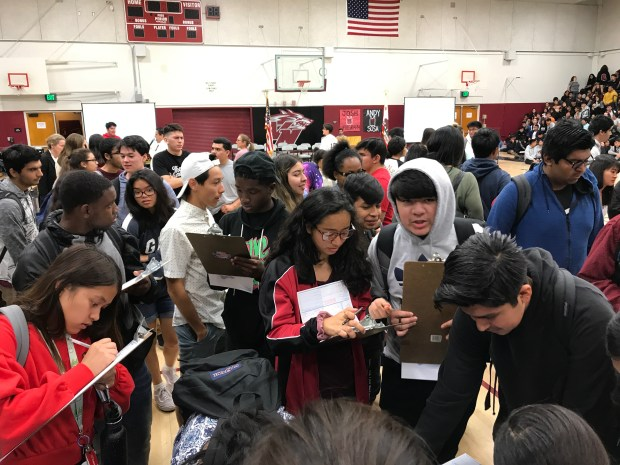 Van Nuys High gets a giant civics lesson on why voting matters from California secretary of state
