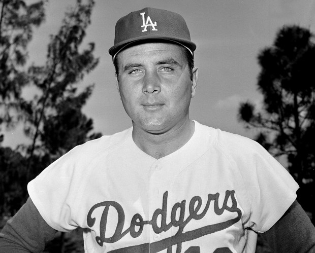 Ron Perranoski, former Dodgers star reliever and coach, dies at 84