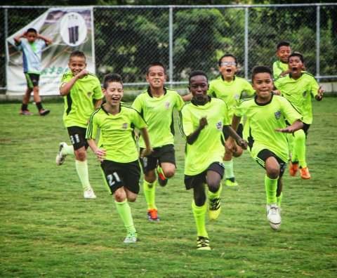 bambini comuna 13 Medellin