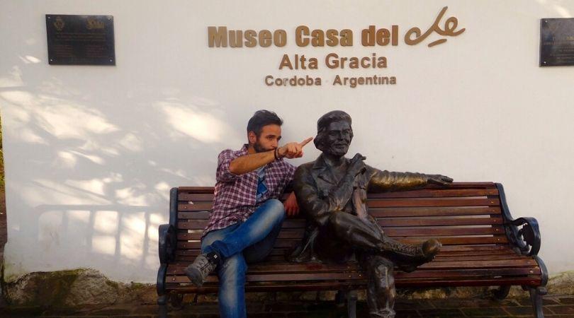 Mattia Fiorentini viaggiatore Scomfortzone Museo Che Guevara Argentina