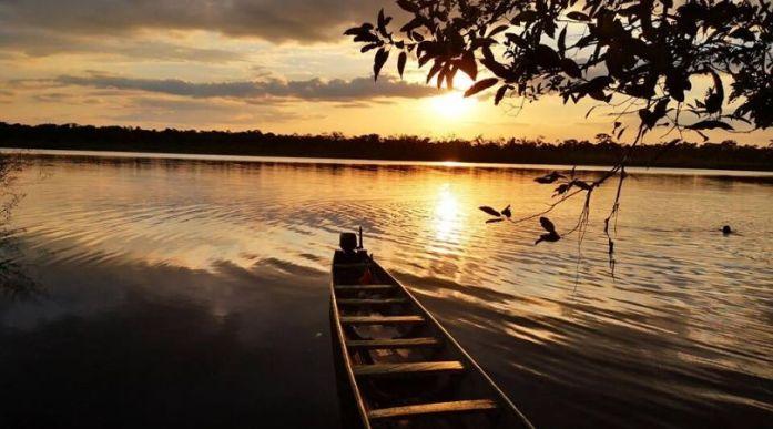 fiume foresta amazzonica Colombia viaggio Guaviare