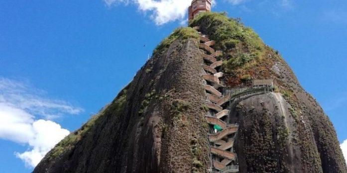 La Piedra del Peñol a Guatapè – Viaggio in Colombia