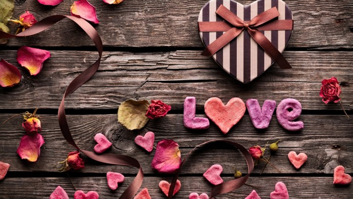 Hear touching, Love HD Wallpapers Collection