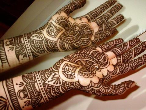 Latest Eid ul Adha (Bakra Eid) Mehndi Art Designs 2014-2015 (1)