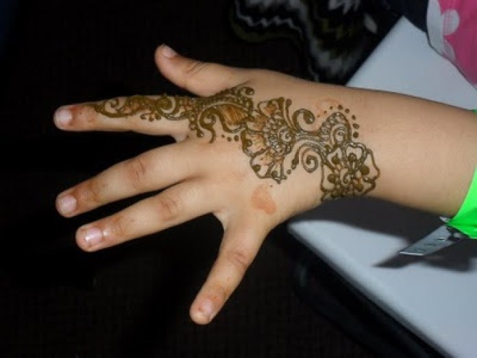 Eid ul azha Mehndi Design Bakra Eid Henna Art 2014 for Women (5)