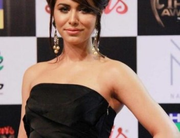 Fashion Model Ayyan Biography and Profile (13)