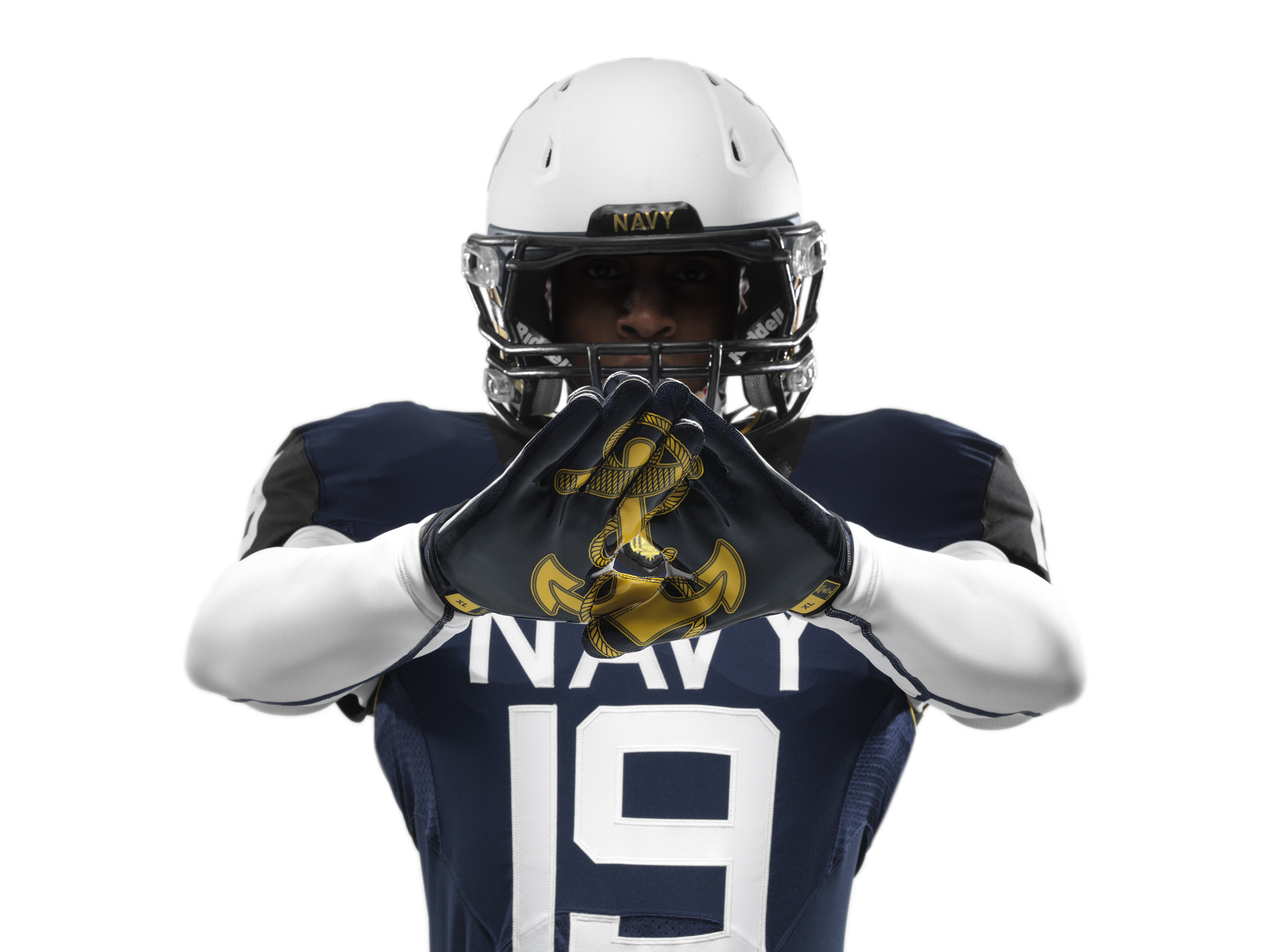 Nike debuts new uniforms for the Army-Navy game