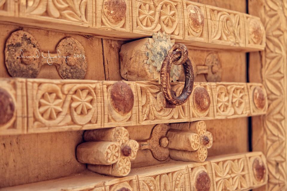 Close-up details of traditional doors (Ahmed Yahya Bin Yahya/Via)