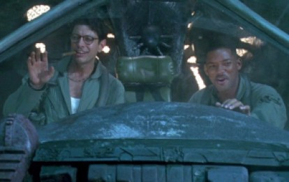 Here's Will Smith and Jeff Goldblum making a nuclear deposit to the aliens' mothership.