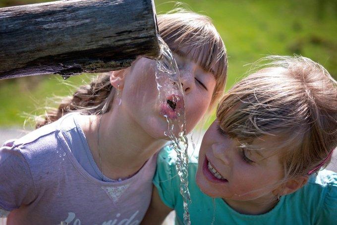 खूब सारा पानी पीजिए