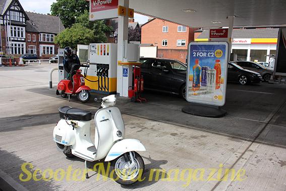 lores_petrol_station_Vespa_6269 retrospective