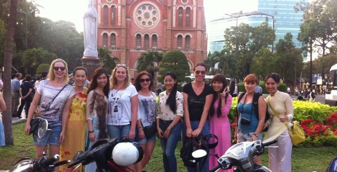 saigon sightseeing motorbike tour