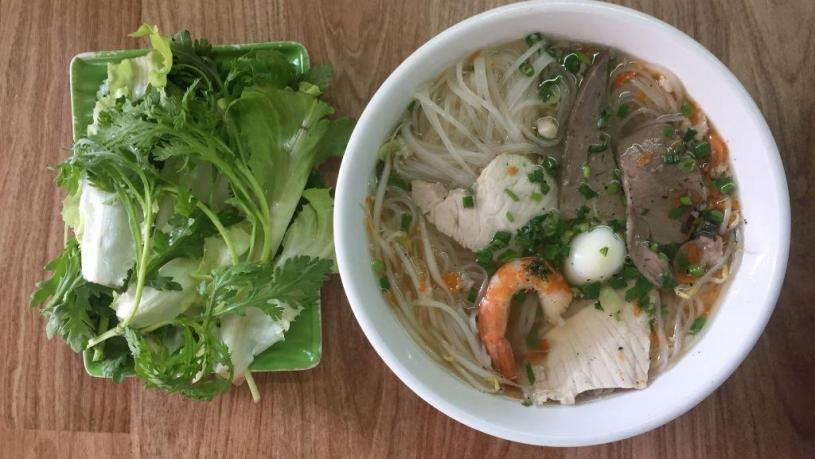 My Tho Clear Rice Noodle Soup