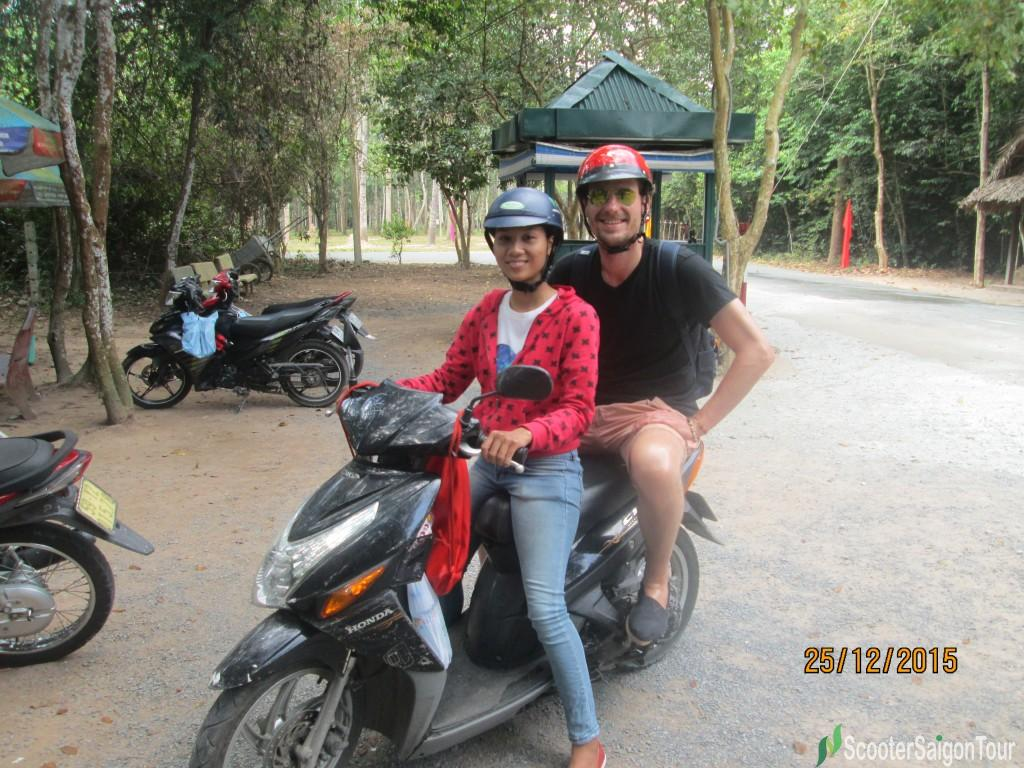 cu chi tunnels tour by motorbike