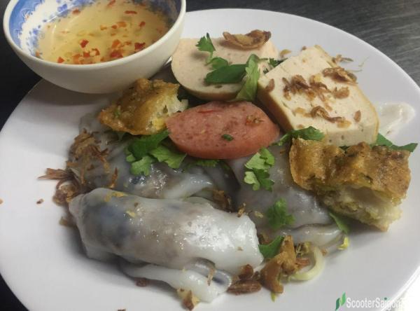 Vietnamese Stuffed Pancake Or Banh Cuon 1