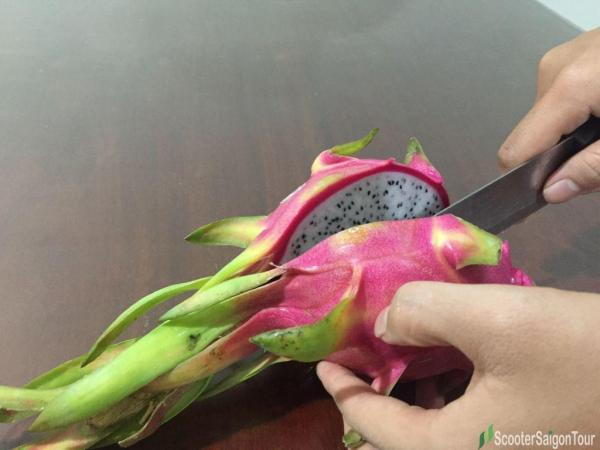 How To Eat Dragon Fruit Top Fruits In Vietnam 1