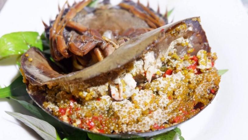 Tri-spine horseshoe crab dishes