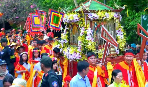 Chua Xu Lady Festival