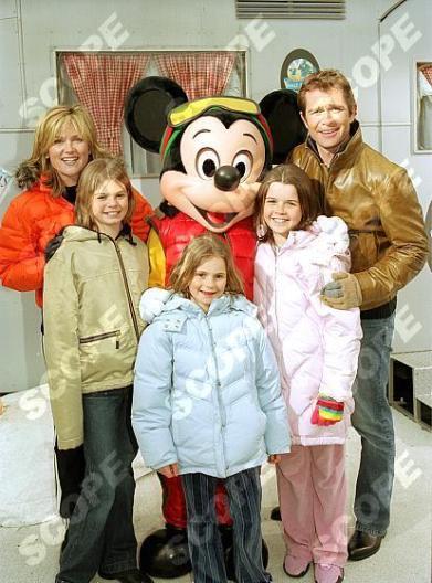 ANTHEA TURNER & FAMILY
