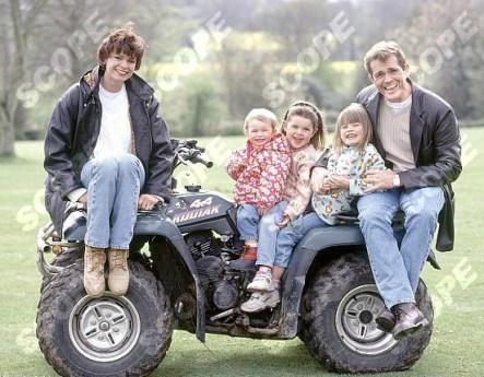 THE BOVEY FAMILY - 1998