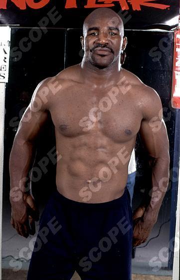 World Heavyweight Boxing Champion EVANDER HOLYFIELD