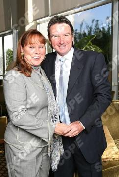 JIMMY CONNORS & WIFE