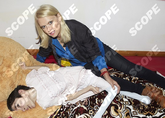 Anneka Rice Returns To Romanian Orphanage 22 Years After First Visiting Living Hell Scope