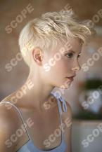 SR33061-B Short Blonde Hair