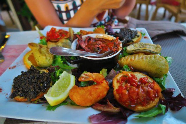 Cosa mangiare in Provenza: tipico antipasto