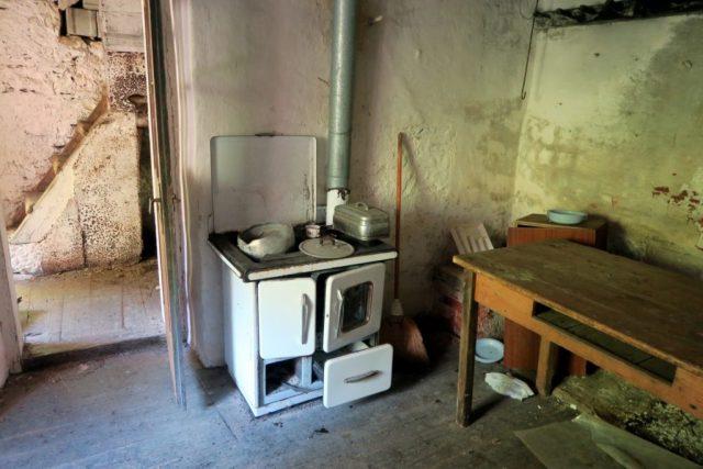Fumegai: interno di un'abitazione