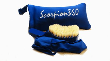 King Scorpion 360 Batman Blue Medium Soft Club Wave Brush
