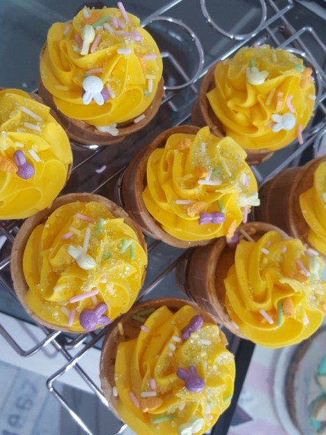 Annie's Cakery cupcakes