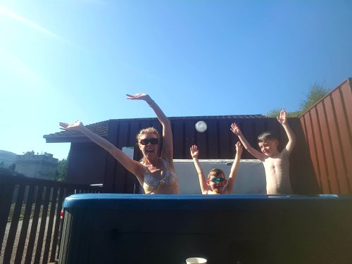 Argyll Holidays Drimsynie Hot Tub