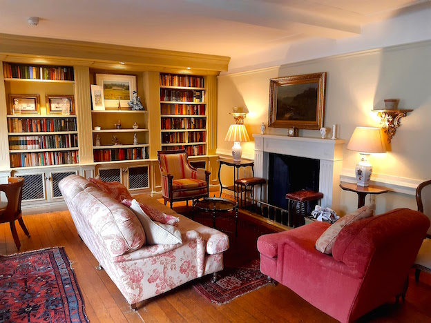 The library of the Royal Hotel, Comrie