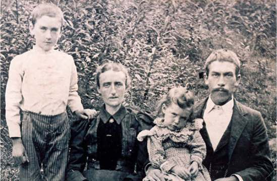 Henry PRESLEY and Family
