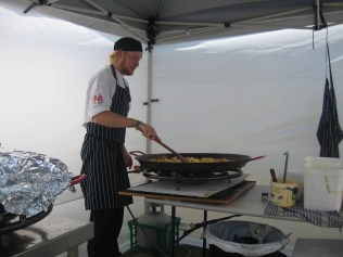 Now that's a paella pan!